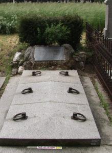 Ludwig Bosendorfer's grave